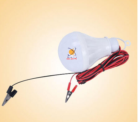 Đèn LED 12V năng lượng mặt trời 12W BH 6 tháng
